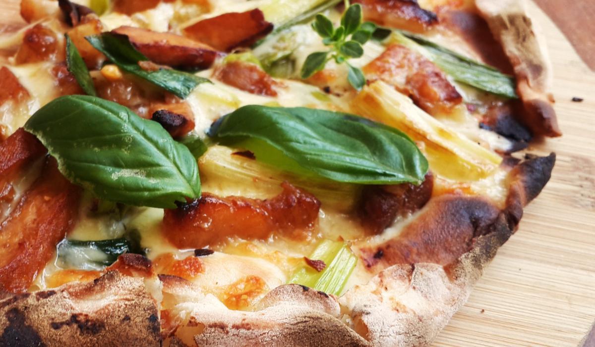 職人誌 野味窯烤客家小炒Pizza