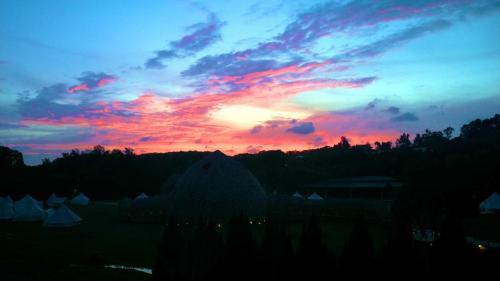 生活誌 山那村充滿變化的秋天天空